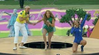 Claudia Leitte, Jennifer Lopez e Pitbull cantam na Copa do Mundo