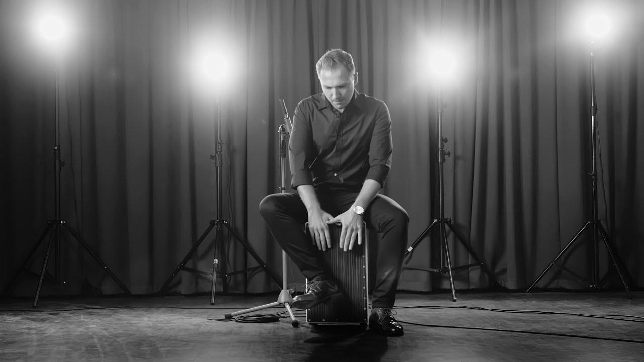 Łukasz Kurzydło - Cajon  Improvisation