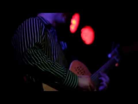 Leafzang - Orpheline (live @ Workman