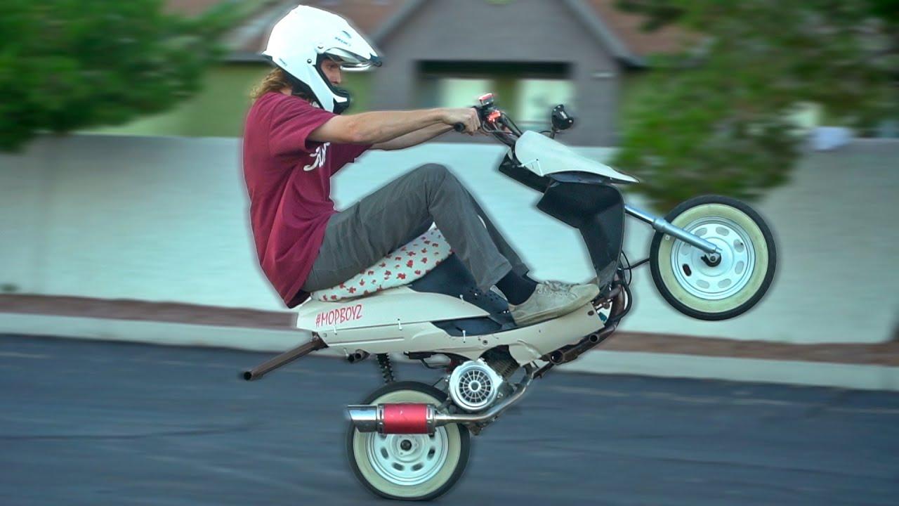 50cc Scooter Wheelie