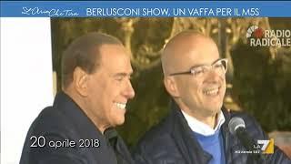 Berlusconi show, un vaffa per il M5s