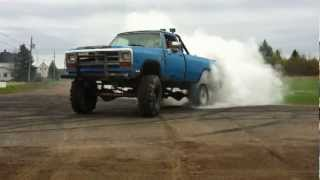 kevin dodge 440 truck burn out