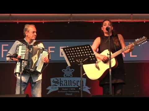 """Sanna Carlstedt """"Då tar jag mig en öl"""" live @ Filtfestivalen 2013"""
