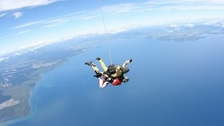 Skydiving in Taupo, New Zealand | yoldaolmak.com