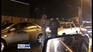 Массовое ДТП в Сочи 6 автомобилей столкнулись на мокрой дороге