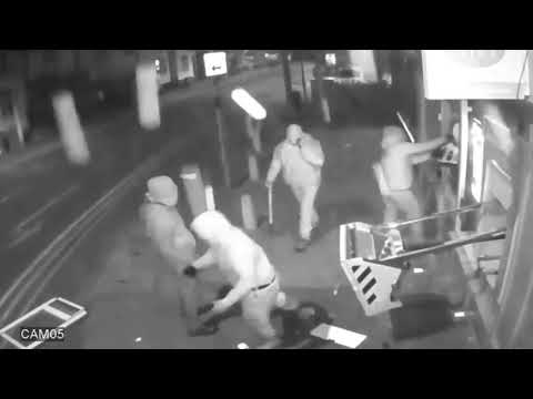 UK / CCTV shows gang blowing cash machine from wall using gas canister / KRIMINÁLIS