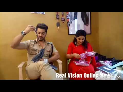 Adiza Avneil Zain Imam & Aditi  Valentines day uncut gifts segment part 1 Real vision Online News thumbnail