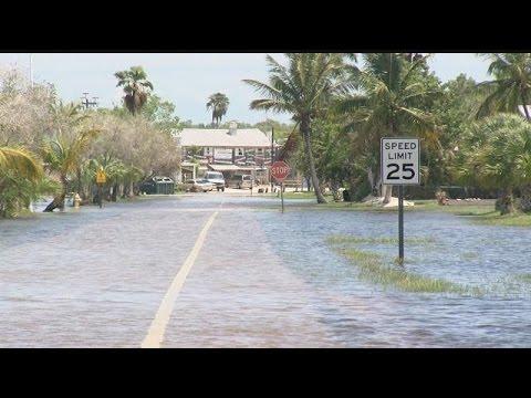 5 p.m. report: Everglades City flooding