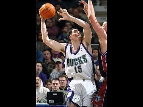 NBA Houston vs Milwaukee Nov-13-04