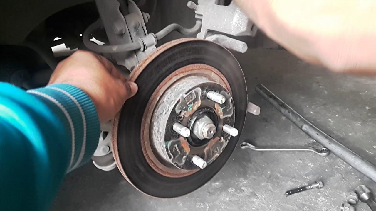 How to change Mitsubishi Mirage G4 brake pad