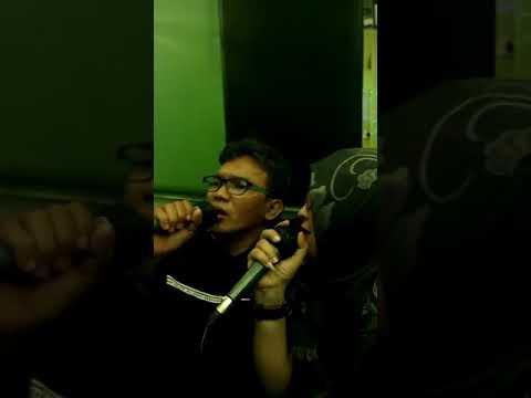 Lagu andalan kita klo lg karaokean