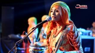 Video CINTA DAN DILEMA - IRTA Qasima (QASIMA LIVE Alun-alun Batang - Event KPU Batang) download MP3, 3GP, MP4, WEBM, AVI, FLV Oktober 2017