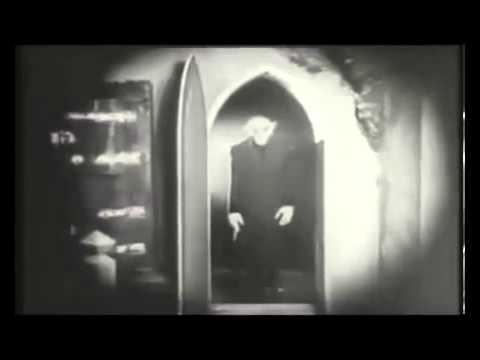 The Monster Mash - Bobby 'Boris' Pickett & The Crypt-Kickers
