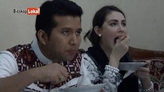 """Download Video Hamil 7 Bulan Benarkah Arumi Bachsin Nyidam Sate ? """"Arumi & Emil Menikmati SATE Di Trenggalek"""" MP3 3GP MP4"""