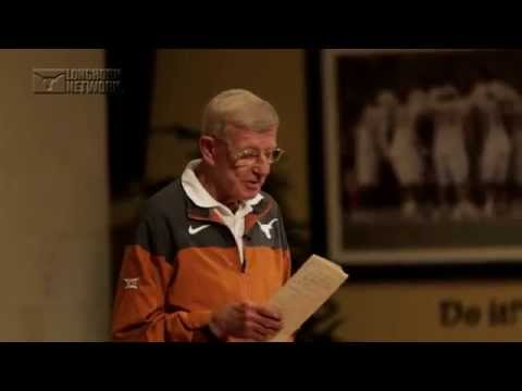 Lou Holtz visits Texas Football [April 8, 2015]