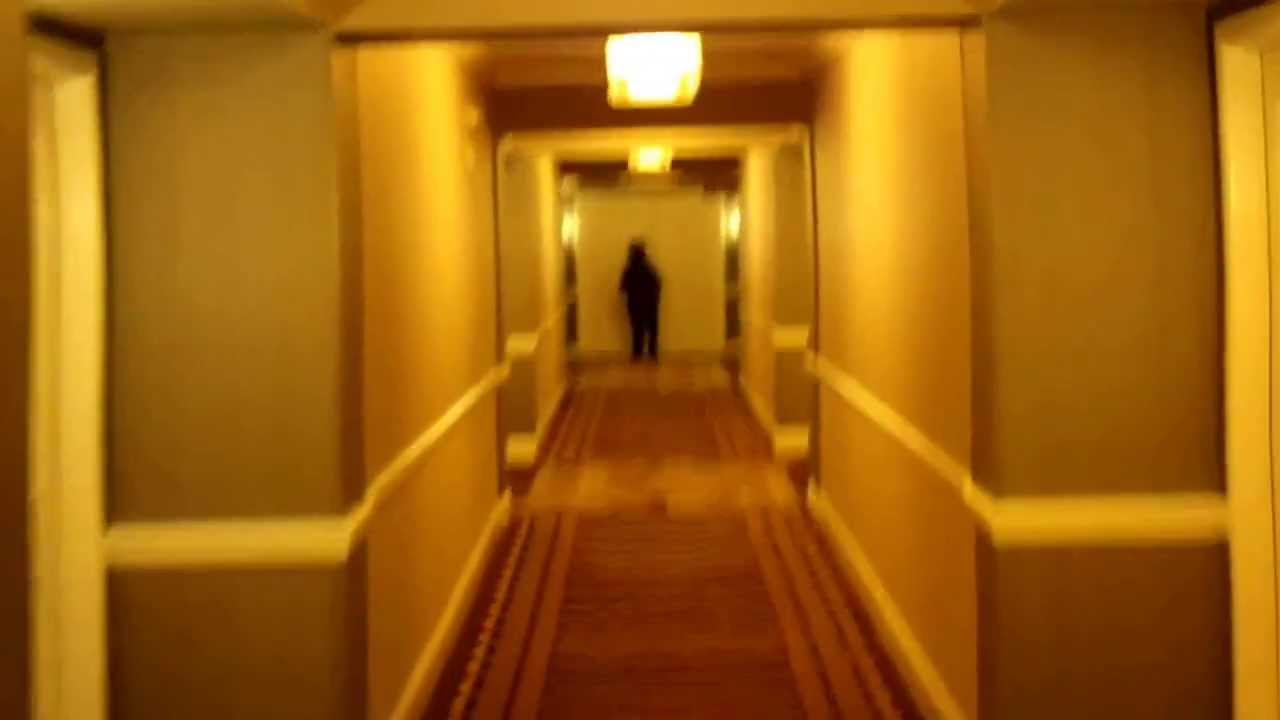 Mandalay Bay Extra Bedroom Suite The Long Hallways At The Mandalay Bay Hotel Youtube