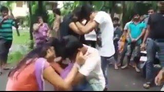 Download Video আকাম ছোদানোর কারনে ইন্ডিয়া তে ছেলে মেয়ের কান ধরে উঠবস, sex with sunny leon MP3 3GP MP4