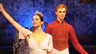 Pas de deux from The Nutcracker. Diana Vishneva and Vladimir Malakhov. Mikkeli (Finland), 2003