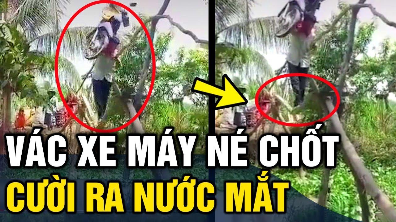Né chốt kiểm dịch, thanh niên 'VÁC XE MÁY' đi qua cầu khỉ và cái kết 'KHÔNG THỂ ĐẮNG HƠN'