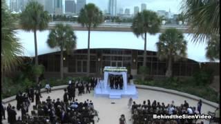 Jungle Island Miami Wedding