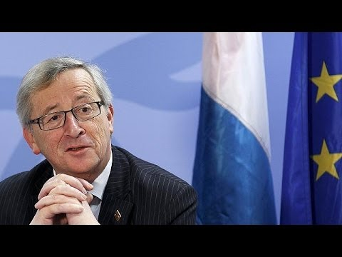 Luxembourg's Juncker wins centre-right backing in bid for top EU job