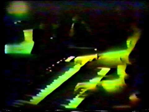 Van Der Graaf Generator   Wondering Promo 1976 mp3
