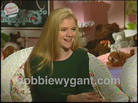 "Download Christine Taylor & Jennifer Elise Cox ""The Brady Bunch Movie"" 2/5/95 - Bobbie Wygant Archive"