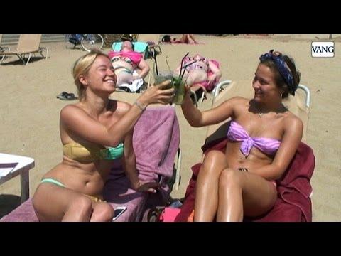 El mojito, la bebida más cotizada en la playa - YouTube
