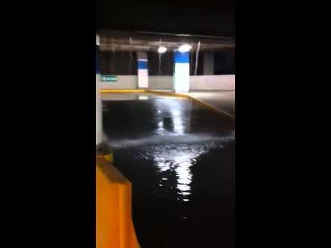 Inundación centro comercial