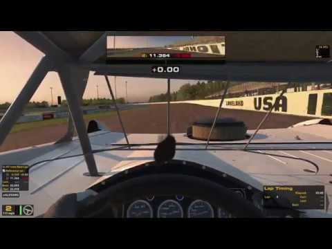 first time practicing late model pro on iracing with xbox controller