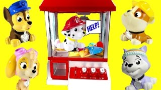 CLAW MACHINE Game with Paw Patrol! Cubeez Surprise Toys! Save Marshall!