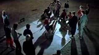 Курьер - old skull breakdance из фильма