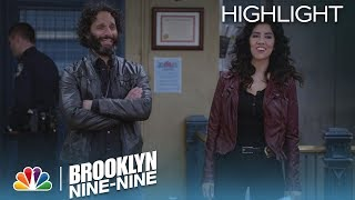 Brooklyn Nine-Nine - The Engagement (Episode Highlight)