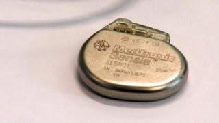 Электрокардиостимулятор. Теперь в миниатюре - hitech(http://ru.euronews.com/ За окнами этого производственного здания, принадлежащего крупной компании, выпускающей медиц..., 2013-05-13T17:12:09.000Z)