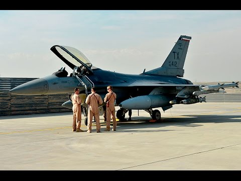[HD] Awesome F16 start up and take off footage