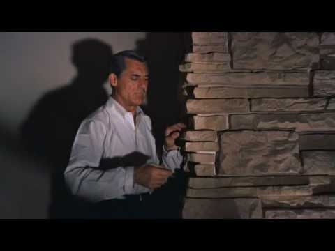 [The Best of Hitch] - North by Northwest - 4.matchbox