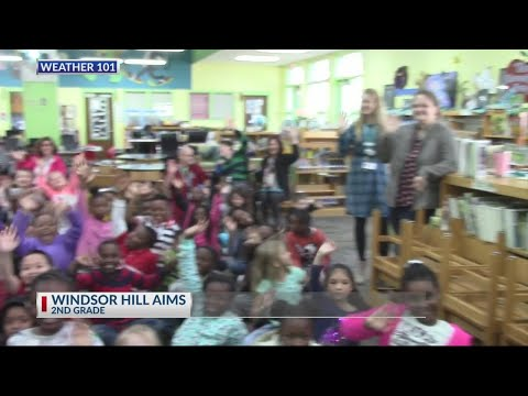 Rob Fowler visits the 2nd graders at Windsor Hill AIMS