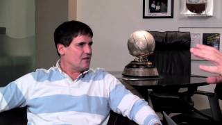 Repeat youtube video Howard interviews Mark Cuban