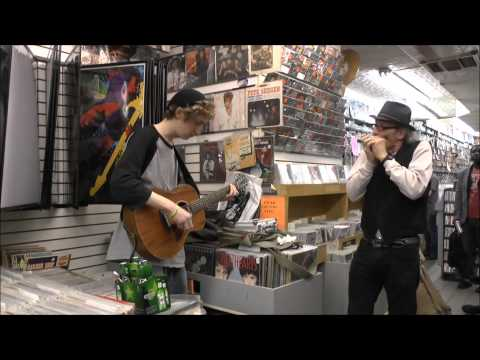 I shall be released (Record Store Day Performance 2013).