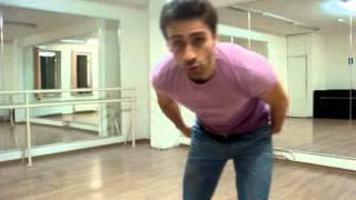 Клубные танцы. Как тренировать базовый кач под музыку