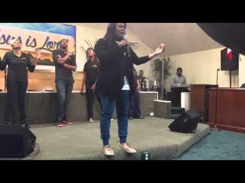 LeDessa Brown @ Faith Fellowship Worship Center, Oakland, CA
