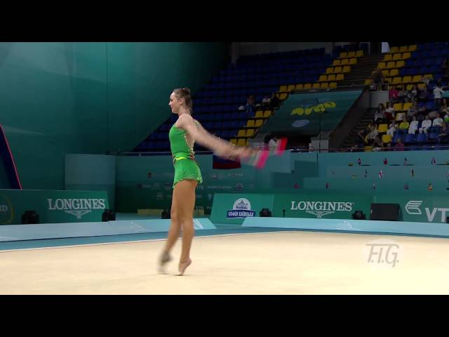 Angelica KVIECZYNSKI (BRA) - Rhythmic Worlds 2013 Travel Video