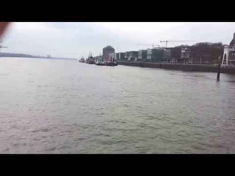 A short tour at the Port of Hamburg