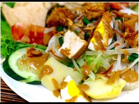 GADO GADO - Vegetarian Food - Traditional Culinary in Bali Indonesia - Wisata Kuliner [HD]