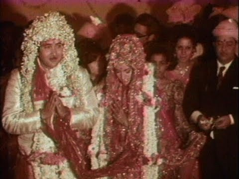Randhir Kapoor and Babita wedding ceremony (1971) - rare video - YouTube