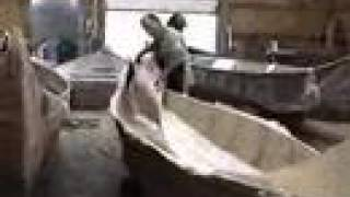 La fabrication de Bateaux de fibre de verre