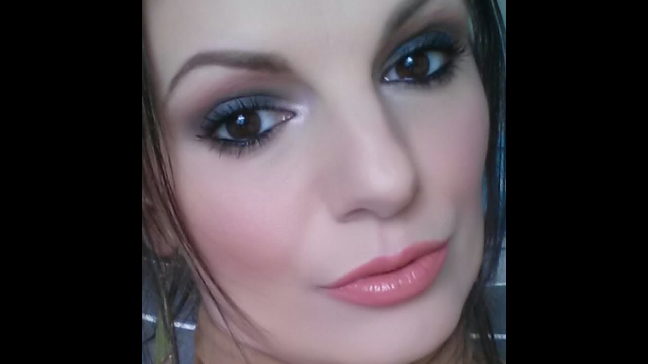 tuto makeup st valentin smoky eyes l ger valentine 39 s day. Black Bedroom Furniture Sets. Home Design Ideas