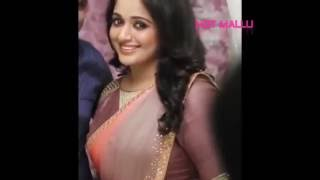 Repeat youtube video KAVYA MADHAVAN VERY HOT NAVEL IN SAREE SHOW Watch it