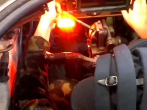 Место механика водителя в БМП-1