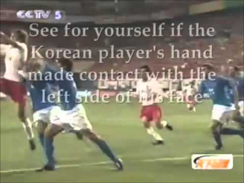 WC 2002. Francesco Coco injured by an ITALIAN PLAYER. Korea vs Italy